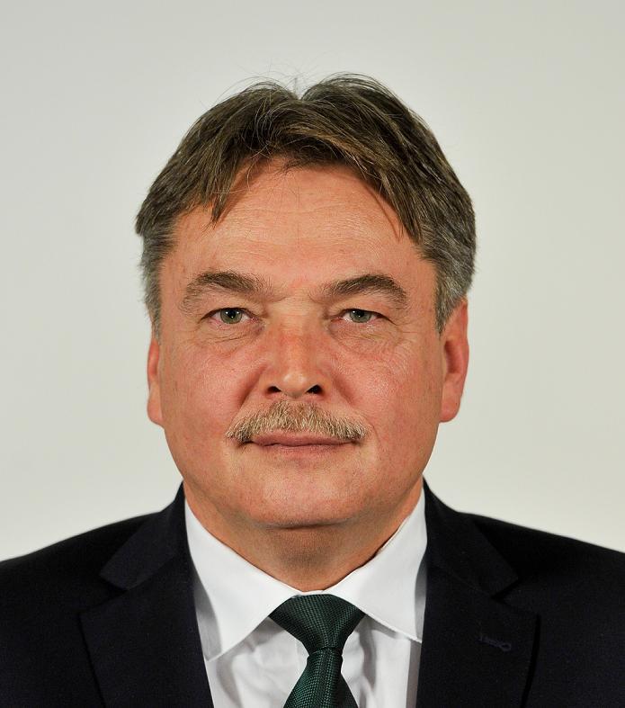 Dr. Laszlo Attila